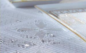ガルニエ・ティエボーテーブルクロス アンティークテールの撥水イメージ