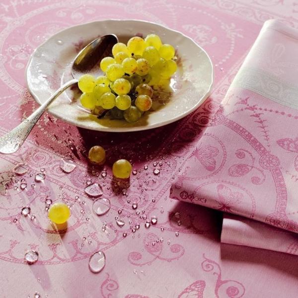 ガルニエ・ティエボーテーブルクロス ウジェニキャンディの撥水イメージ